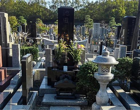 墓じまいによる墓所撤去前の風景